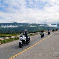 Hành trình 2.000 km xẻ dọc miền Trung trên xe Kawasaki
