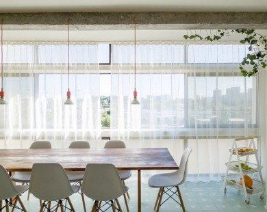 Căn hộ 115 m2 cải tạo với phòng làm việc bí mật