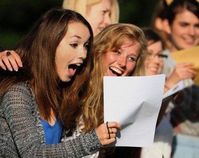 Bộ Giáo dục Anh không ôm đồm tuyển sinh thay trường đại học