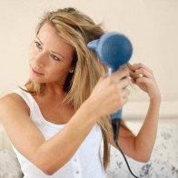 4 cách chăm sóc tóc mỏng ngày giao mùa