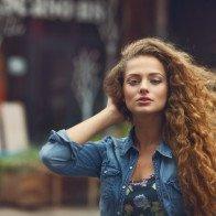 8 cách tự tạo kiểu tóc xoăn tại nhà đơn giản mà đẹp