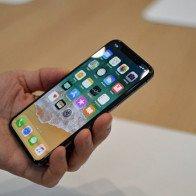 Người Mỹ thờ ơ với iPhone X