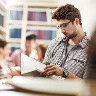 Có thể nhận bằng tiến sĩ sau gần 2 năm học trực tuyến của trường Mỹ?