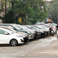 Vì sao việc sở hữu ôtô trở thành nỗi ám ảnh của người Hà Nội?