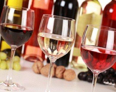Rượu vào có nâng cao chất lượng chuyện chăn gối?