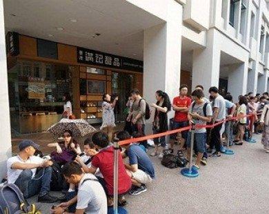 Không cần sang nước ngoài xếp hàng, giá iPhone 8 ở Việt Nam đã rẻ hơn Singapore