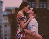 Nụ hôn nào sẽ khiến những cung hoàng đạo tan chảy?