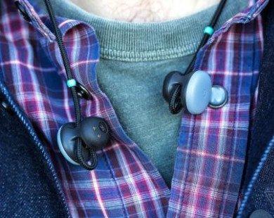 Google sản xuất tai nghe tự phiên dịch được 40 thứ tiếng