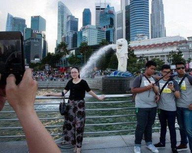 Vì sao người Singapore vẫn đua nhau chia sẻ nhà bất chấp lệnh cấm của chính phủ?