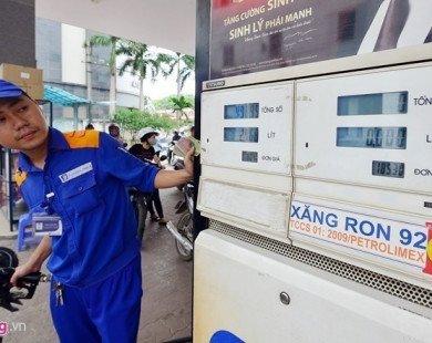 Rà soát xăng dầu sau vụ bán 2 triệu lít xăng kém chất lượng ở Nghệ An