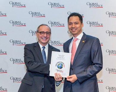 Maritime Bank liên tiếp nhận 4 giải thưởng quốc tế vì những nỗ lực không ngừng trong việc phục vụ khách hàng