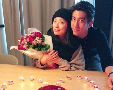 Giả Tịnh Văn khoe được chồng đưa đi du lịch châu Âu suốt tháng 10 để mừng sinh nhật