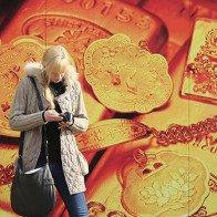 Giá vàng sụt sau tín hiệu từ Ngân hàng trung ương quyền lực nhất thế giới