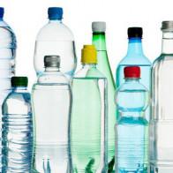 Giải mã tin đồn ung thư: Phân tích đầy đủ nhất từ trước đến nay về nhựa, xốp đựng thức ăn nước uống