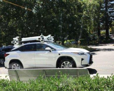 Apple hé lộ dự án xe tự lái