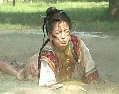"""Sốc: Triệu Vy từng uống nước phân ngựa trong """"Hoàn châu cách cách"""""""
