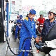 Giá xăng dầu được giữ ổn định