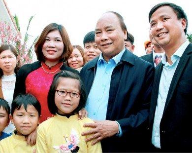 Thủ tướng về thăm mô hình công viên môi trường xanh và chúc tết cán bộ công nhân viên công ty TNHH Tân Thiên Phú.