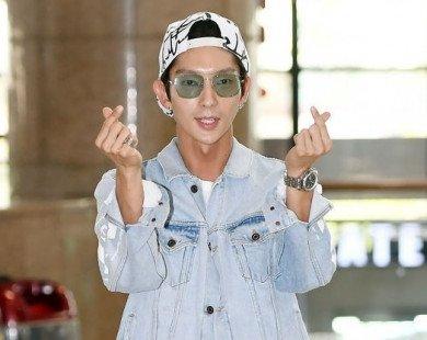 """Chụp tạp chí đẹp như mơ nhưng hình ảnh đời thực của Lee Jun Ki lại khiến fan """"tá hỏa"""" vì lộ cằm nhọn"""