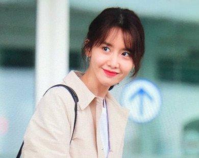 Khoe tóc mái mới ở sân bay, Yoona lại gây bão mạng xã hội