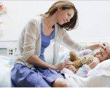 Chăm sóc bé bị sốt xuất huyết tại nhà