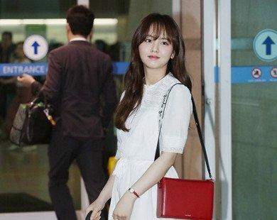 Nhẹ bước trong làn mưa, Kim So Hyun tái xuất như thiên thần gây