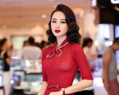 Angela Phương Trinh nổi bật với đầm ôm đỏ rực khoe đường cong hút mắt