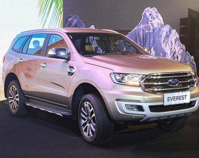 Ford Everest 2018 giá cao nhất 1,4 tỷ, cuộc đua mới cùng Fortuner