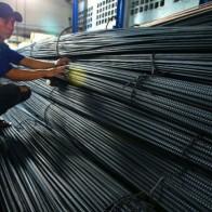 Phập phồng lo thép Trung Quốc giá rẻ
