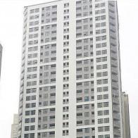Ngân hàng siết tín dụng bất động sản: Thị trường căn hộ 'ngấm đòn'