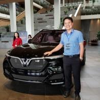 HOT: 'Khủng long' VinFast Lux V8 bất ngờ xuất hiện tại nhà máy ở Hải Phòng