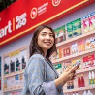 Vingroup triển khai siêu thị ảo Vinmart tại các địa điểm công cộng: Quét mã QR, hàng ship đến tận nơi chỉ sau 2-4 tiếng