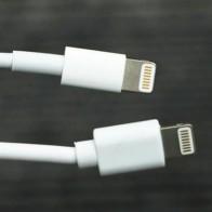 Giải phẫu cáp sạc iPhone hàng giả và hàng xịn, đừng bao giờ tiếc tiền cho phụ kiện công nghệ này