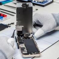 Tại sao trước đây Apple không hỗ trợ các cửa hàng nhỏ sửa iPhone?