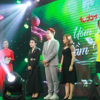NSND Kim Cương xúc động tại đêm Gala