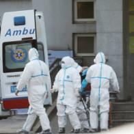 Cảnh báo chính thức từ Trung Quốc: Virus viêm phổi lạ đã lây từ người sang người, 14 nhân viên y tế đầu tiên nhiễm bệnh