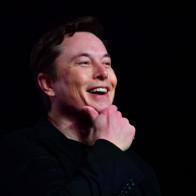 Làm kinh doanh kiểu Elon Musk: Thiếu chip sản xuất xe ô tô, Tesla dự định sẽ mua đứt 1 nhà máy chip