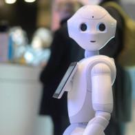 Robot về hưu sớm!